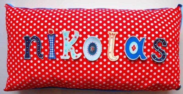 Kinder Namen Geschenke schenken mit Namen Kissen