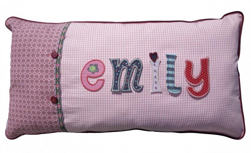 Kinder Namen Geschenke machen mit bügelbaren Buchstaben Patches